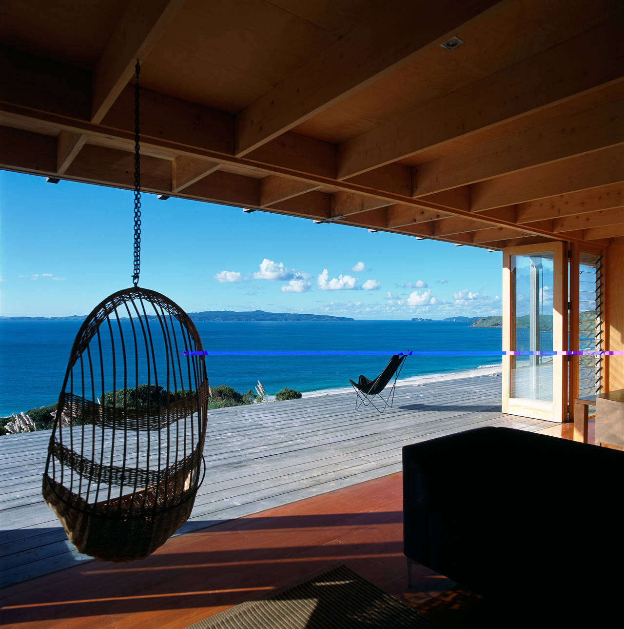 Shipping container homes crosson clarke carnachan for Coastal home designs nz