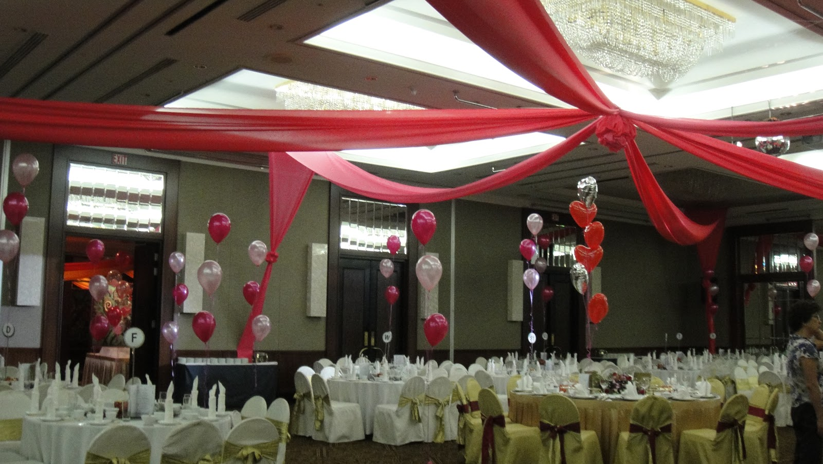 C b wedding wedding ballroom decoration for Ball room decoration