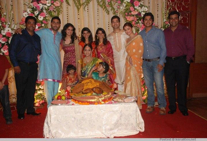 Baby Shower Ceremony Images ~ Aishwarya rai at shrima s baby shower ceremony stills