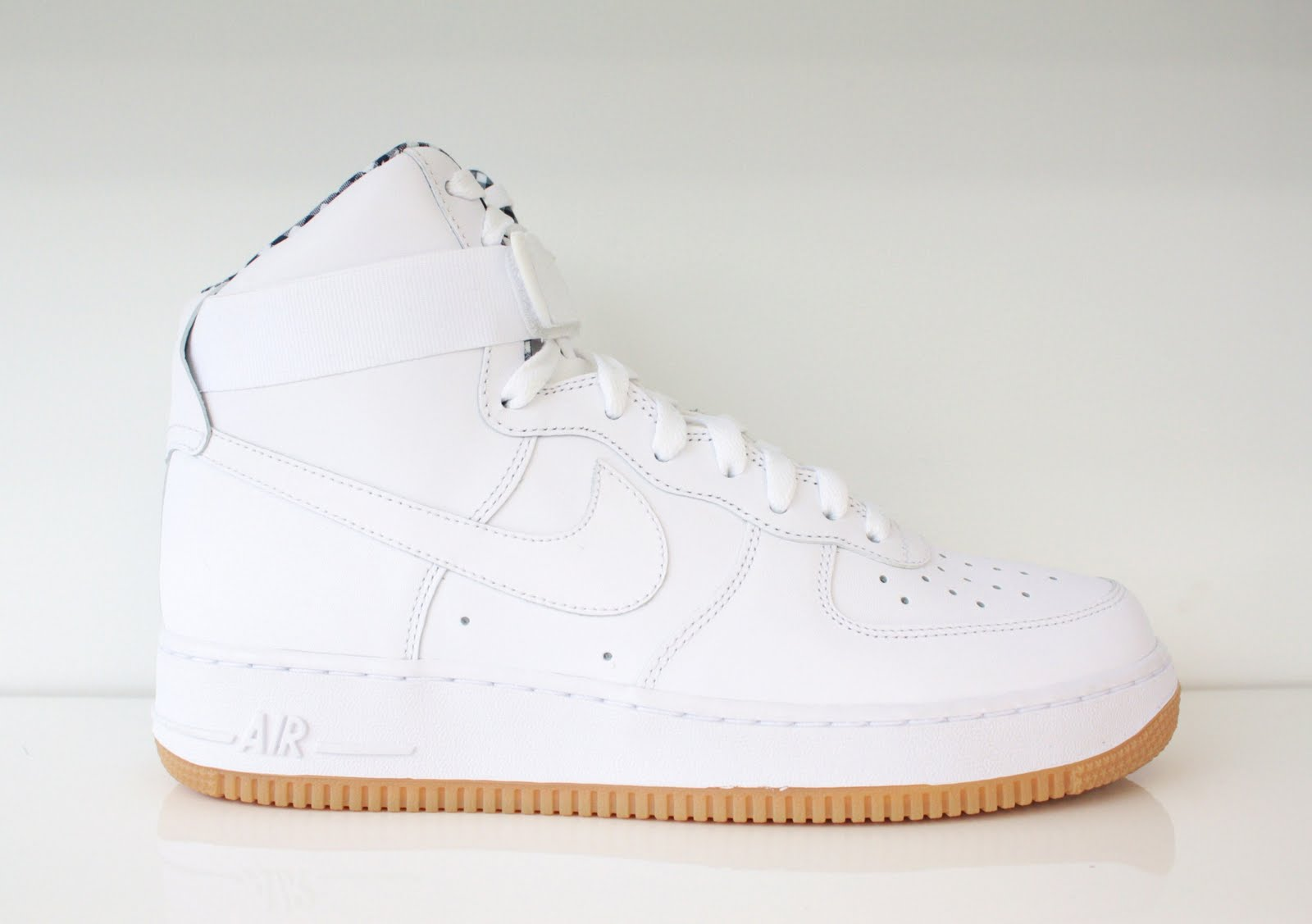 Jays Stores: New Nike Air Force One High White/Gum Available Now