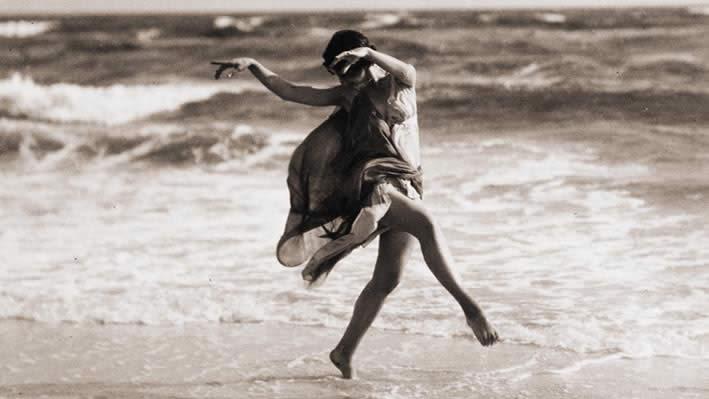 Isadora Duncan y el mar