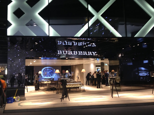 Burberry Stand at Baselworld 2013 - Hall 1.1 ©www.greenpebblesblog.com