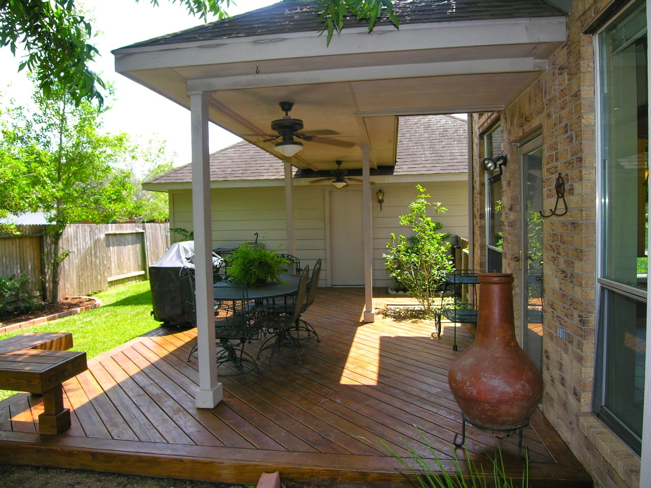 Small back porch ideas instant knowledge for Pictures of decorated small patios