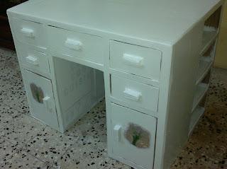 مكتب للأطفال
