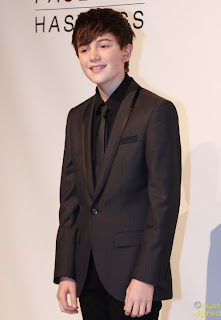 Greyson Chance supporting gay rights at HRC Dinner Video