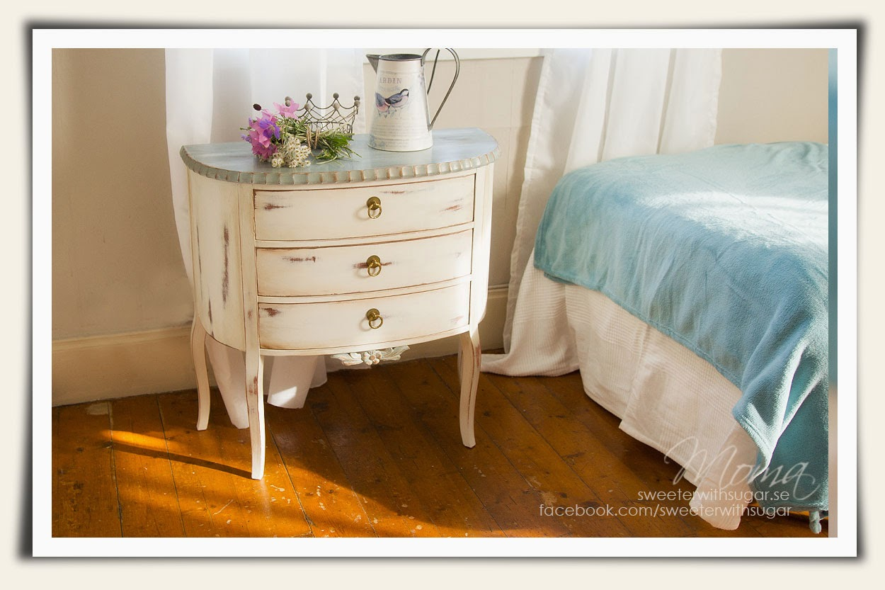 Annie Sloan chalkk paint, duck egg blue, old white, rokoko drawers, dresser, chest