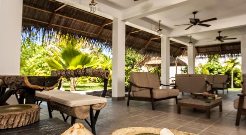 Amra Palace Gan Maldives