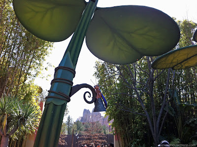 Bug's Land Firefly lamp lantern Disney California Adventure DCA