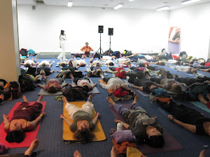 YogaExpo 2012 - Bhakti Yoga Flow with Noeli Naima for Kamah Yoga Wear