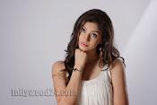 Tanvi Vyas Studio Photo Shoot Gallery-thumbnail-10