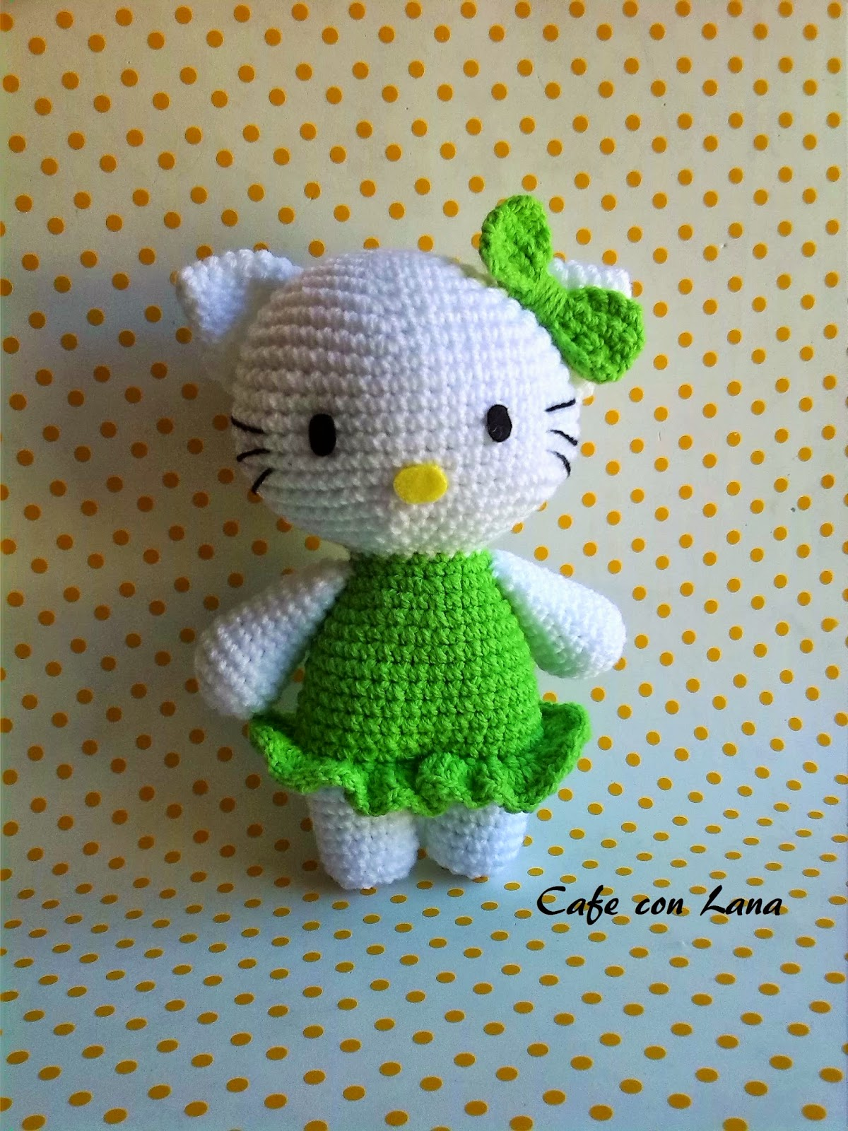 Cafe Con Lana: HELLO KITTY PATRoN