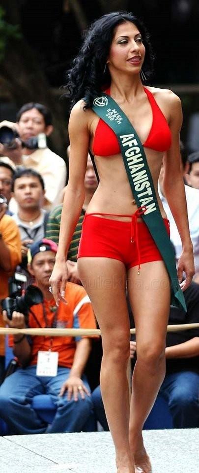 Vida Samadzai in Red bikini, Vida Samadzai as miss Afganistan, Vida Samadzai in Red Bikini