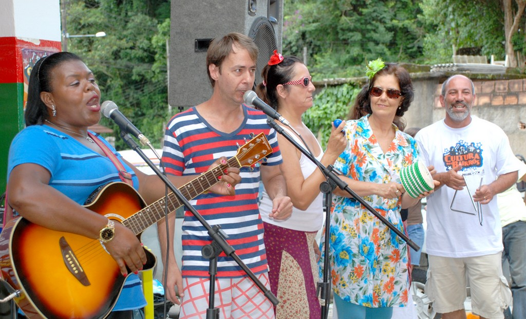 Música com Wanda Pinheiro, Ayrton Rebello, Nara Zeitune, Jeanette Albuquerque e Arnaldo Almeida