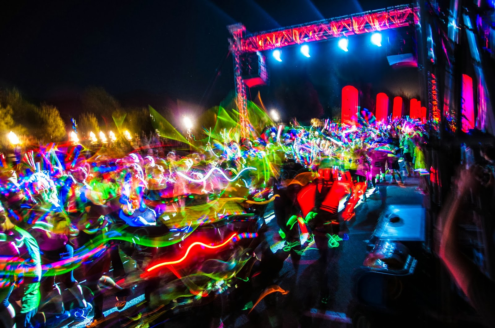 electric run, juan pablo, the bachelor, glow sticks, abc bachelor comes to utah,  juan pablo bachelor in utah,