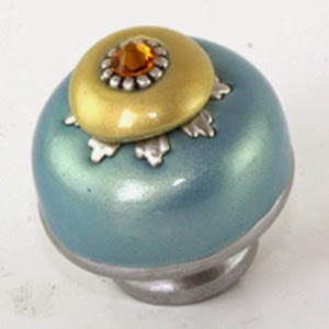 Nu Lily knob 1.5 in. diameter in opal and light gold with topaz crystal