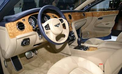 2011_Bentley_Mulsanne_Interior_Dashboard_View