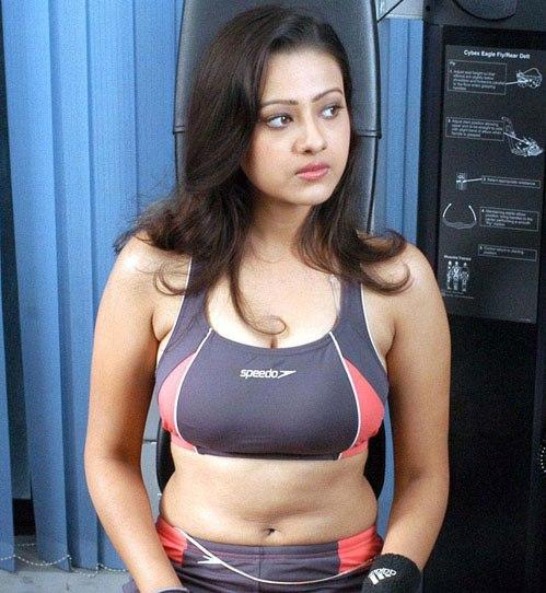 VERY VERY SEXY WALLPAPERS OF TELUGU ACTRESS MADALASA SHARMA cleavage