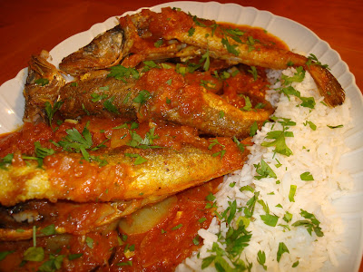 pescado india especias frito