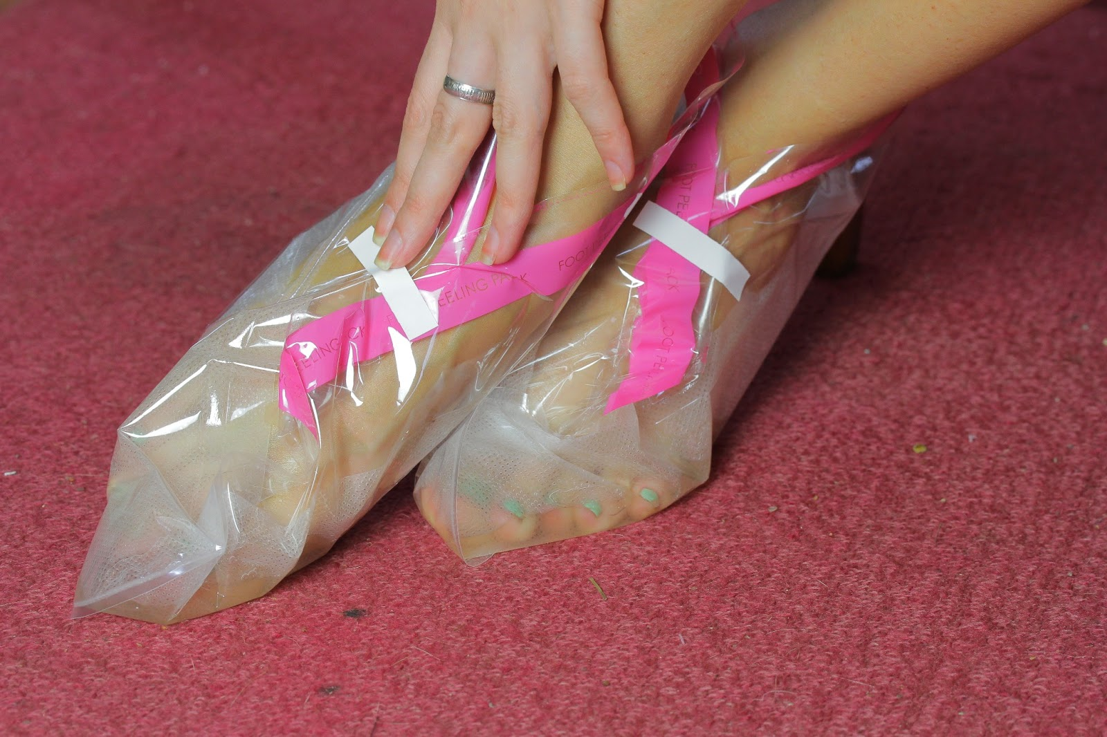 Как в домашних условиях сделать ноги гладкими
