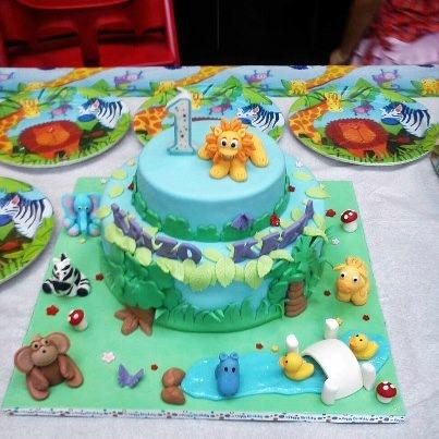 Jungle Animals Jamboree Fondant Cake
