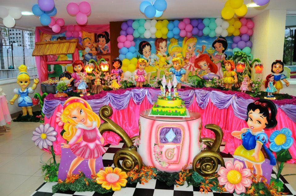 Festas toni decora o de festa infantil junho 2012 for Mural de fotos 1 ano