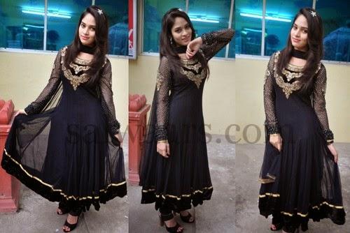 Saniya Tara Salwar Kameez