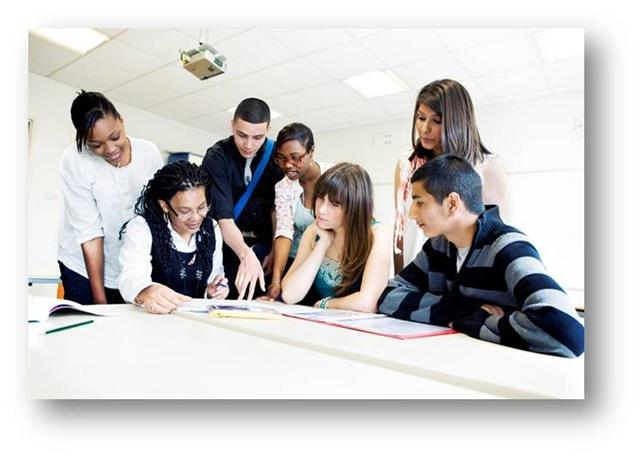 Definisi dan Pengertian Pendidikan pada hakekatnya adalah suatu proses