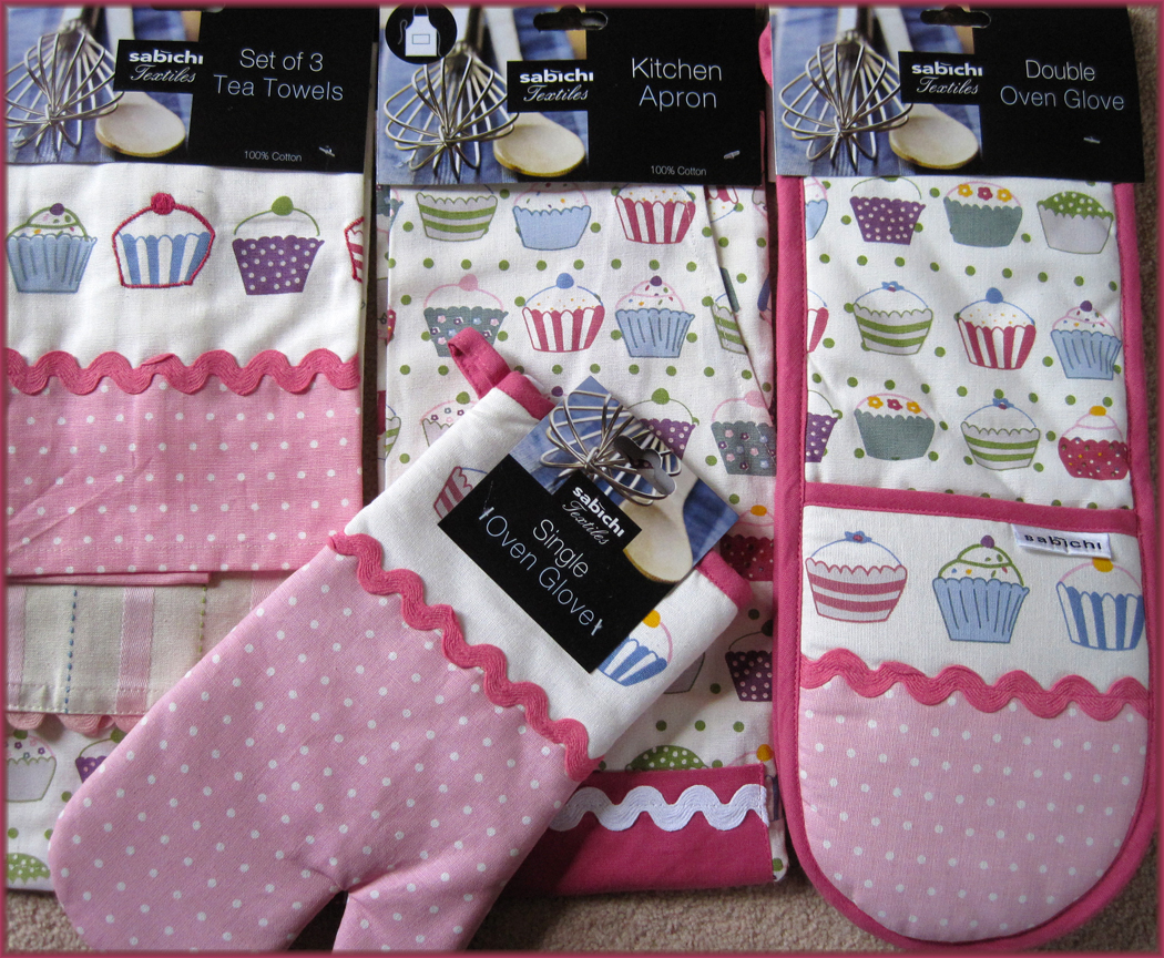 A Glug of Oil: Cupcake Collection Sabichi Kitchen Linen - a Review