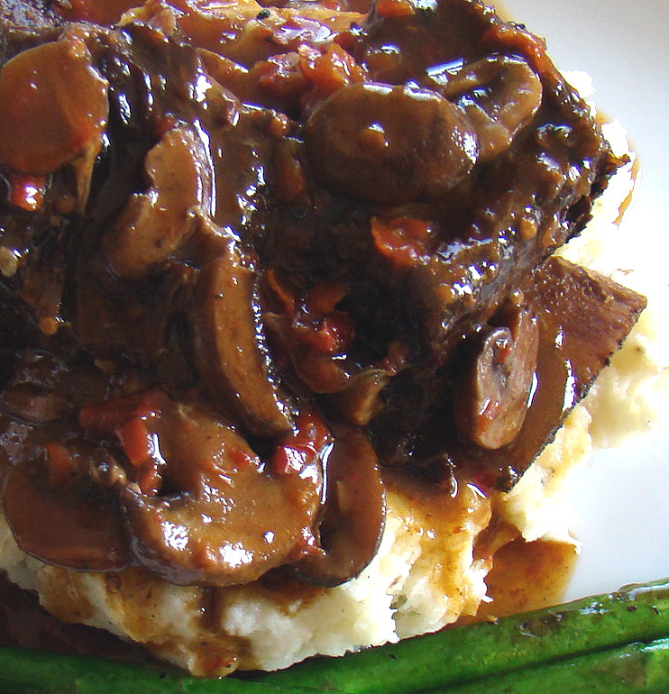Phoenix Family Foodie Blog: Braised Short Ribs with Sweet ...