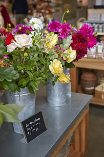 fresh flowers at Shed Healdsburg photo by Julia Spiess