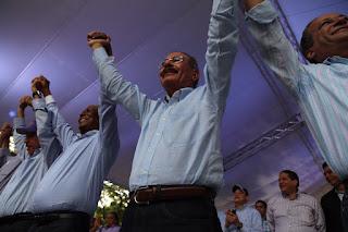Bahoruco se desborda en entusiasmo de victoria por Danilo y Manuel Paula