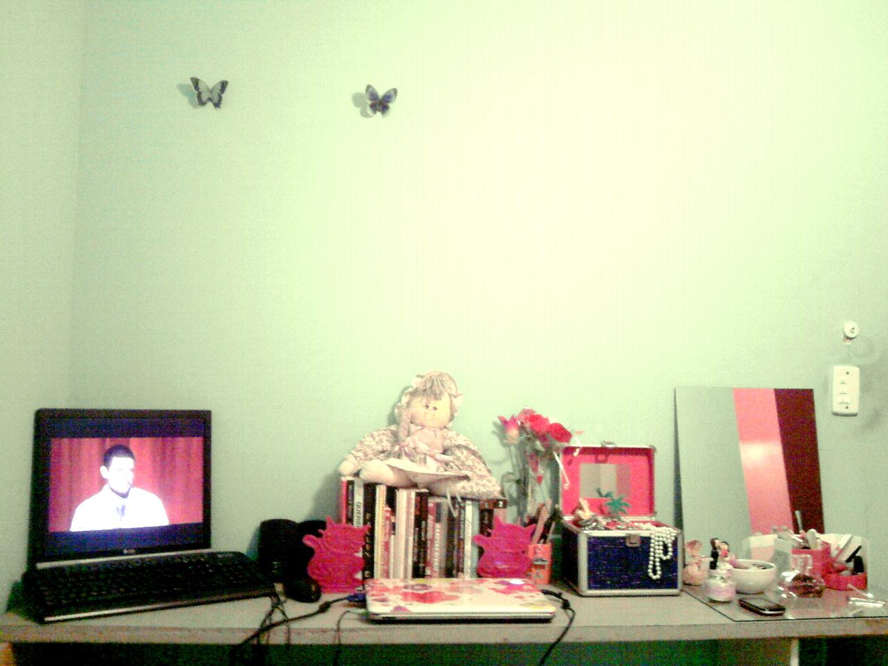 Faça a bancada do seu quarto você mesma! The Pally Por Paloma  #7FA526 1280x960