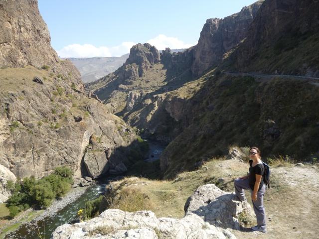Vistas del profundo valle