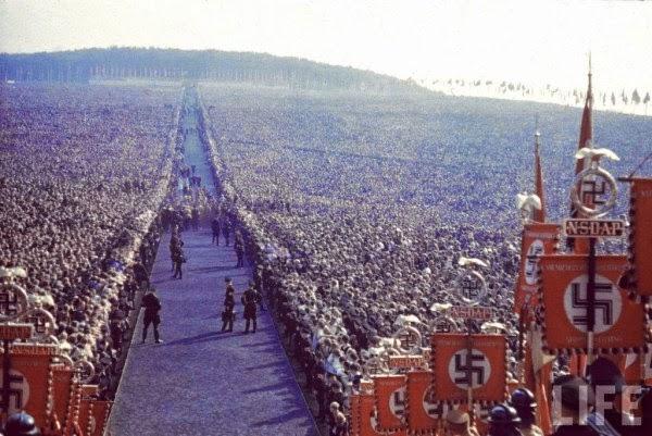 Manifestación nazi en Nuremberg en 1937