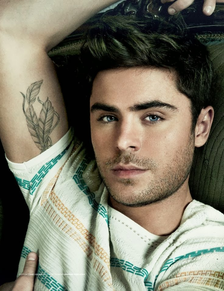 zac efron latest sexy photos 2014 zac efron trend. Black Bedroom Furniture Sets. Home Design Ideas