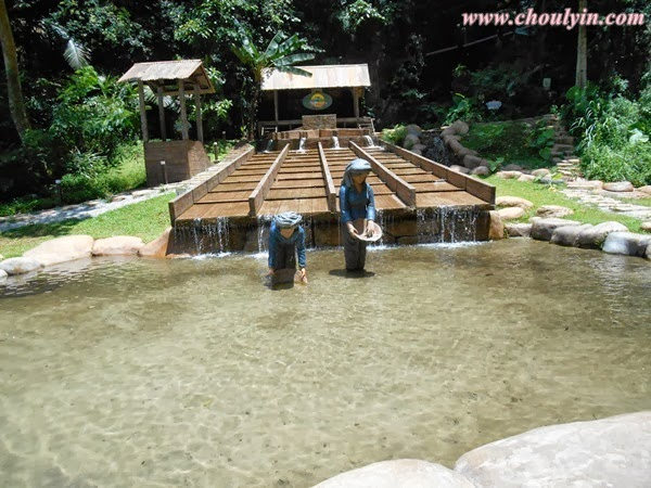 Circle of life malaysia beauty and lifestyle blog part 2 the which is why the tin valley attraction is in the form of a tin mining area equipped with a life sized palung sluice box an original gravel pump monitor publicscrutiny Image collections