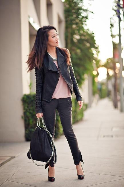 stella mccartney falabella the handbag concept. Black Bedroom Furniture Sets. Home Design Ideas