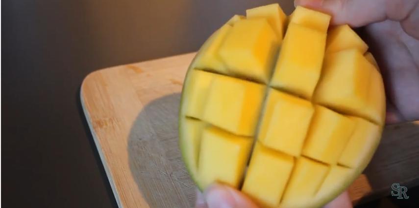 sarah und rebecca kochen leicht gemacht quick tipp mango avocado und granatapfel richtig. Black Bedroom Furniture Sets. Home Design Ideas