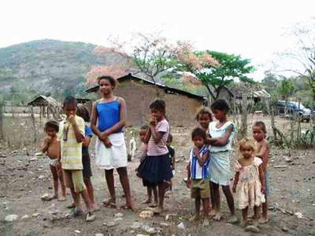 A pobreza continua pesada, mas as famílias vivem melhor do que há nove anos - Ramos-Horta