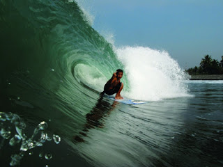 Lombok Island : Surfing Paradise for All Surfers
