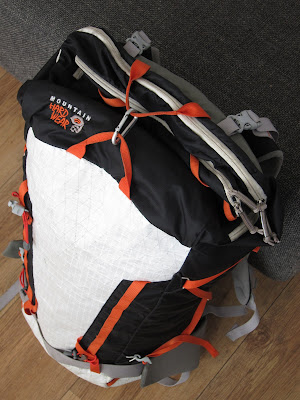 Mountain Hardwear SummitRocket 40 connecting the front and back haul loop