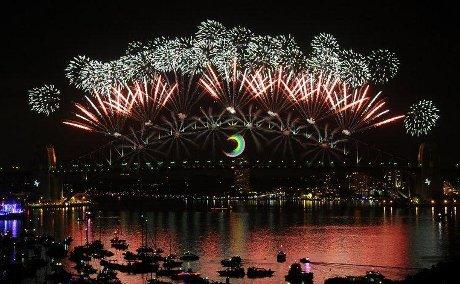 Beragam Perayaan di Berbagai Belahan Dunia Sambut Tahun Baru 2013
