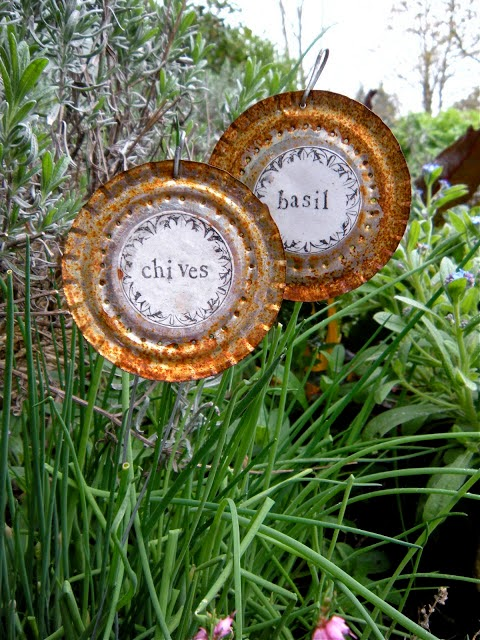 DIY Garden Art Made From Junk