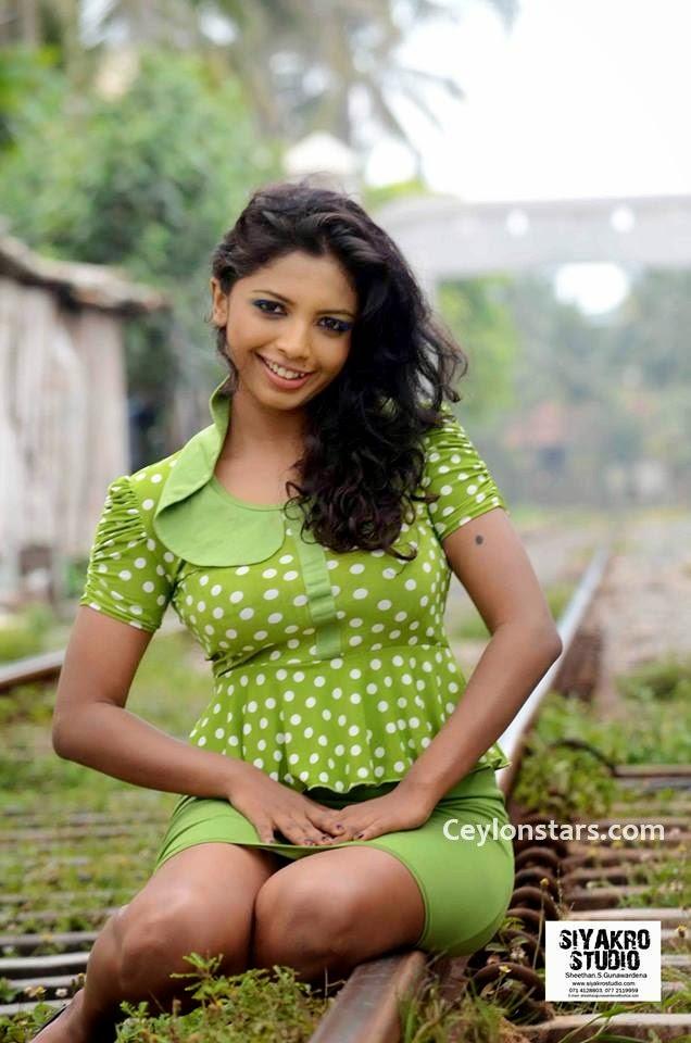 lakshika jayawardhana sexy