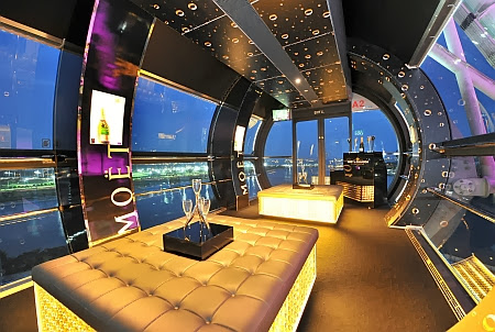 moet bar MOËT BAR IN THE SKY   NEW YEAR'S EVE COUNTDOWN CHAMPAGNE FLIGHT