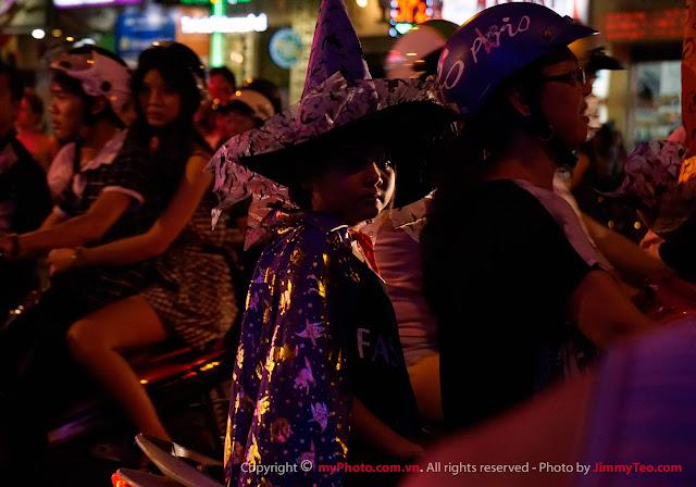 Phù thuỷ trong lễ hội Halloween