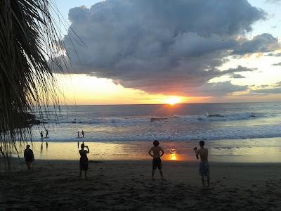 Hostal El Pulpo Poneloya Beach Sunsets