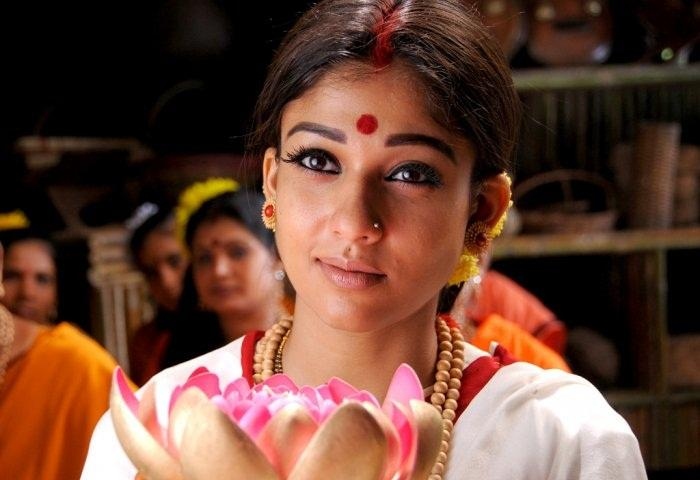 bollybreak_com_12317078d50f660498851d3405163b030c1c3eae - Nayanthara pics at Sri Rama Rajyam
