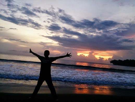 batukaras sunrise