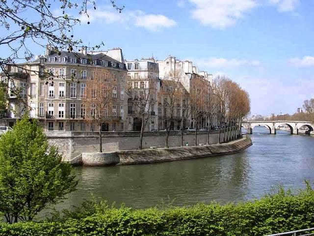 Ile St Louis - Paris